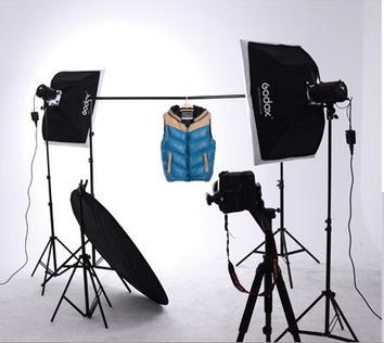 b>郑州淘宝摄影服装挂拍布光方法 /b>图片
